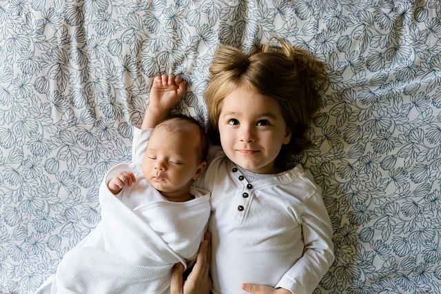 sourozenecká láska.jpg