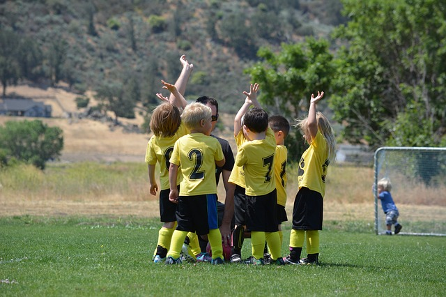 maličcí fotbalisti.jpg